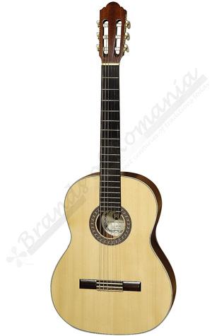 Hora SM 30 Classic Guitar. Best guitars